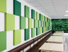 Functional creativity through sound-absorbing squares. Soneo Wall is a simple and yet stylish system of wall panels based on square, sound-absorbing and coated panels. The Soneo Wall panel is so simple in its style that it is the fabric that sets the tone of the product. The product provides a wide range of variations in patterns and colours. The panels are available in several sizes, and the mounting is hidden. Soneo is also available as a floor screen and as a table screen.