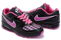 New Design Of Nike Air Max BW Women Black/Pink Shoes filter the harmful UVA and UVB lights that your eyes comfortable and can not see clearly Nike shoes style is very hot sale now in the crowd.