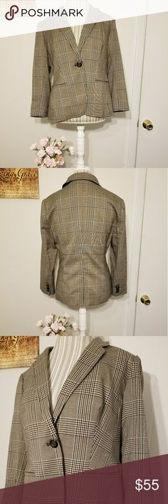 NWT!! THE LIMITED BLAZER JACKET!! NWT!! THE LIMITED BLAZER JACKET!! Size large. Brand new...even has courtesy slit stitch in the back and extra buttons! Brown and black plaid stitch. 3 small buttons on each sleeve and one larger button in the front. Perfect condition with no defects. Took pictures of fabric colors up close to match with pant although any pair of black pants will match. Retails for $138! Grab it now with a huge discount! Check out my other items to bundle and save on…