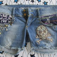 Upcycling mode  skull  vintage short customisé poches rivets gothique relish