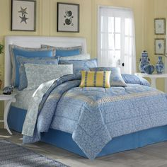 Nautical Bedroom Idea With Blue Patterned Bedding Sheets Picture Interior