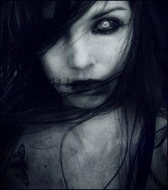 35 Breathtaking Horror & Macabre Photography   Kitaro10