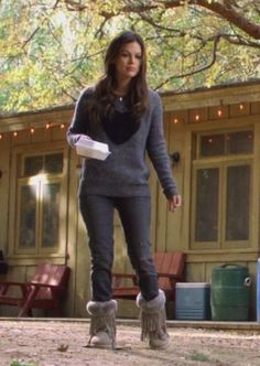 Rachel Bilson wearing Elizabeth and James Heart Intarsia Pullover Koolaburra Haley Fur Fringe Boot in Seta