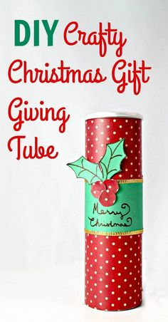 Looking for a cute gift idea? Check out this DIY Chrismas gift giving tube! It's a fun craft for the holidays & super cute too!