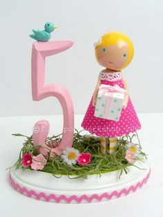 Such a cute clothespin doll (cake topper)
