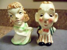 VINTAGE-MAN-WOMAN-SALT-AND-PEPPER-SHAKERS-no-stoppers-JAPAN-mark