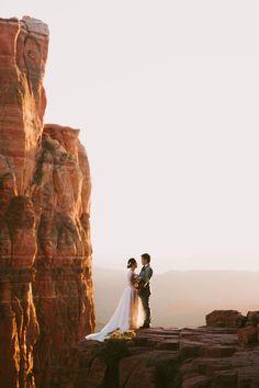 Sedona Elopement in the Red Rocks // Photographer, Planner and Florist » Jane in the Woods Blog    Sedona & Destination Wedding Photographer