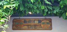 Ginger Dawn … A Spice Just Below the Horizon: Blue Moon Cafe