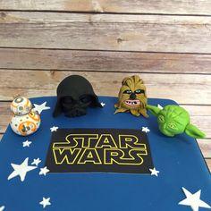 Must be something in the air..., everyone's going Star Wars crazy! Love this cake with the handmade figurines #starwars #yoda #darthvader #bb8 #cakeshopruislip #bespokecakes