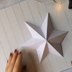Make a star out of paper Stern aus Papier basteln Make beautiful Christmas decorations in Scandinavian style yourself - Easy DIY for beautiful paper stars. So easily make Christmas decorations for the wall yourself. Star Diy, 3d Star, Upcycled Crafts, Diy And Crafts, Paper Crafts, Paper Paper, Wood Crafts, Halloween Mason Jars, Papier Diy