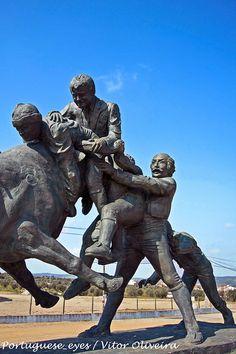 Monumento em Homenagem aos Forcados - Amieira - Portugal by Portuguese_eyes, via Flickr