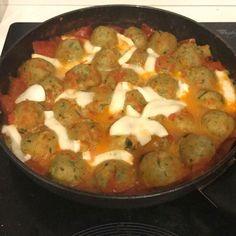 Ricetta Polpette di zucchine alla pizzaiola - La Ricetta di GialloZafferano