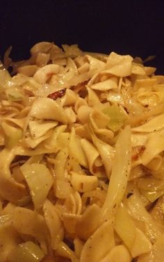 Haluski (Pan-Fried Cabbage and Noodles) Recipe - Genius Kitchen Cabbage And Noodles, How To Fry Cabbage, Czech Recipes, Ethnic Recipes, Vegetarian Cabbage, Vegetarian Recipes, Buttered Noodles, Hungarian Recipes, How To Cook Eggs
