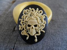 Resin Molds, Silicone Molds, Mexican Sugar Skulls, Skull Mold, Bath Candles, Sugar Craft, Halloween Food For Party, Soap Recipes, Polymer Clay Jewelry