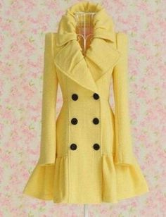 Free shipping 2011 Yellow wool coat,women clothes,ladies clothes,fashion clothes wholesale and retail LM1034 clothing