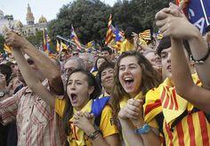 बार्सिलोना :कैटेलोनिया की संसद ने शुक्रवार को स्पेन से आजादी की घोषणा संबंधी प्रस्ताव पास