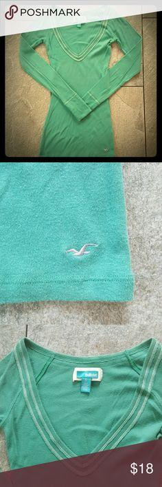 Hollister Long Sleeve V Neck Green Hollister v neck long sleeve tee. Stitching detail around neckline and sleeve hems. Hollister Tops Tees - Long Sleeve