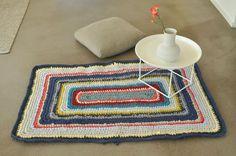 Lumikello Häkelteppich, quadratisch von Lumikello auf DaWanda.com