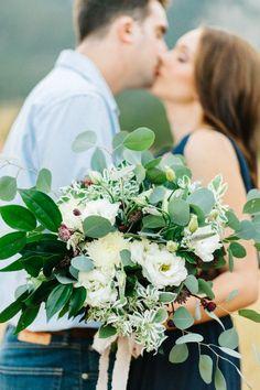 Wedding Bouquets :     Picture    Description  Organic and romantic overflowing bouquet: www.stylemepretty… | Photography: Emily Sacco – www.emilysacco.com/    - #Bouquets https://weddinglande.com/accessories/bouquets/wedding-bouquets-organic-and-romantic-overflowing-bouquet-www-stylemepretty-photography-em/
