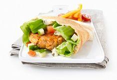 Alléchant #burger de #truite saumonée, mayonnaise au citron et aux câpres. #camping