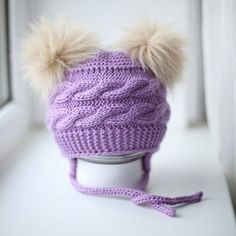 Hat for girl with two fur pom pom. Wool Yarn, Merino Wool, Cute Gifts, Baby Gifts, Knit Baby Booties, Fur Pom Pom, Handicraft, Baby Knitting, Knitted Hats