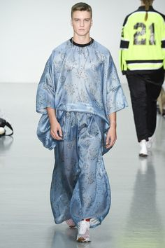 See the Astrid Andersen spring/summer 2016 menswear collection. Click through for full gallery