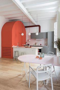 Неожиданная Барселона: пастельная квартира дизайнера одежды (65 sqm) | Пуфик - блог о дизайне интерьера