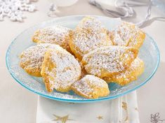 Crème fraîche Wölkchen Our popular recipe for creme fraiche cheeks and more than more free recipes LECKER. Creme Fraiche, Greek Diet, Greek Recipes, Food Items, A Food, Stuffed Peppers, Dishes, Baking, Eat