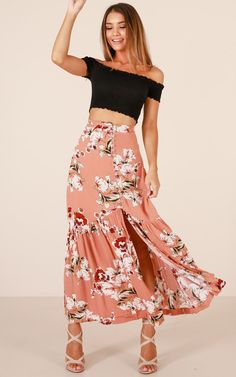 8e0940efee05a8 41 Lovely Floral Long Skirt for Spring Summer Style