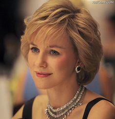 故ダイアナ元妃死亡事故を巡るドキュメンタリー映画『アンローフル・キリング』が公開中止となった。1997年、故ダイアナ元妃と当時交際していたエジプトの大富豪の息子ドディ・アルファイドがパリの自動車事故で死亡した事件を追った同キース・アレン監督作品は、ダイアナ元妃は事故死ではなく殺害されたという主張を展開したものになっているという。しかし、映画のプロデューサー陣が同作の配給元を法的措置から守れる保証がないと判断した結果、同作が公開中止に追い込まれる形となった。    (via http://www.rbbtoday.com/article/img/2012/07/08/91464/206032.html )