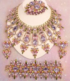Carnations & Ribbons ~ DiMartino Originals, the signature of a Tennessee artist who has been making jewelry for more than 20 years. She taught herself the almost-lost art of costume jewelry making ,,, She uses primarily Swarovski Austrian crystal rhinesto Rhinestone Jewelry, Vintage Rhinestone, Beaded Jewelry, Crystal Rhinestone, Beaded Necklace, Silver Jewelry, Body Necklace, Pearl Earrings, Collar Necklace