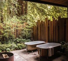 « The ultimate luxury in summer living: the outdoor bath. Indulge @glenoaksbigsur or via today's post… »