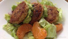 Pan-fried Tuna Cakes with Summer Salad   #paleo captaincavedan.com Clean Recipes, Paleo Recipes, Tuna Cakes, Summer Salads, Fries, Beef, Food, Meat, Essen