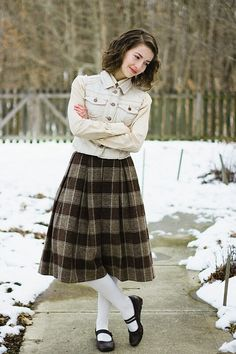 Modest Winter Outfits, Classy Outfits, Pretty Outfits, Vintage Outfits, Cute Outfits, Vintage Fashion, Vintage Style, Frock Fashion, Modesty Fashion