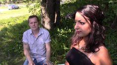 Kaunis rumassa maailmassa (Duetto)  Laulu: Avin Alyasi & Roni Välikangas (säv. Roni Välikangas, san. Samuli Koivulahti)  Kuvaus: Samuli Koivulahti   Paikka: Pansio, Turku Finland