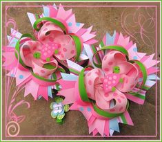How to make every bow you will ever need! - Free Hair Bows Instructions diy-ideas-for-girls Diy And Crafts, Crafts For Kids, Arts And Crafts, Ribbon Crafts, Ribbon Bows, Hair Ribbons, Craft Projects, Sewing Projects, Bow Tutorial