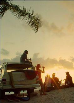 #86bavaria #surf #sunset #friends www.bavaria86.com