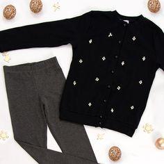 moda dziecięca, stylizacje zimowe, stylizacje świąteczne, dla dziecka, stylizacje dla dzieci School, Sweaters, Fashion, Moda, Fashion Styles, Sweater, Fashion Illustrations, Sweatshirts, Pullover Sweaters