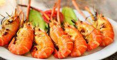 Resultado de imagem para pratos com camarão no copo