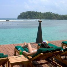 Bonne Amie Villa Port Antonio Bonne Amie Villa is a luxurious oceanfront villa located in the famous Blue Lagoon / San San area, a 12-minute drive from Port Antonio. It is fully staffed and offers free Wi-Fi.