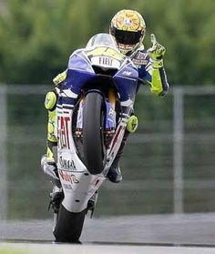 ★ http://lider.znaet.tv ★ The Doctor, Valentino Rossi : http://www.biketrade.co.uk