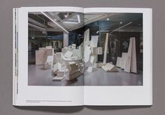 Singapore as Unhomed, Exhibition catalog, ifa Galerie Berlin, 2015