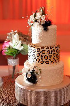 Glamorous wedding with animal print in gold and ivory.  #ArizonaWedding #AZBakery #PhoenixWedding #MesaWeddingCake #ArizonaWeddingCake #ArizonaCakery #AZWeddingIdeas
