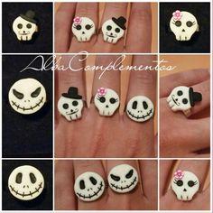 Anillos calavera ideales para halloween. Brillan en la oscuridad. #hechoamano en #AlbaComplementos #Anillo #ring #handmade #handmadejewelry #halloween #calaberas #jacksqueleton #calaberamexicana