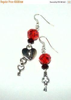 CHRISTMAS SALE Key to my heart earrings  Key by DarkFireHandmade #integritytt