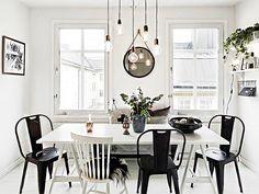 Linhas retas, formas simples, cores neutras, espaços claros e amplos: o estilo escandinavo mistura sofisticação e funcionalidade, sendo referência imediata quando o assunto é design. Há uma atmosfe…