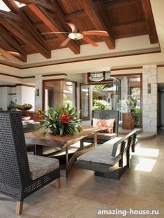 Tropical Living Room Design, Pictures, Remodel, Decor and Ideas - page 7 Tropical House Design, Tropical Interior, Modern Tropical, Tropical Decor, Tropical Kitchen, Interior Design Living Room, Living Room Designs, Filipino Interior Design, Casas Country