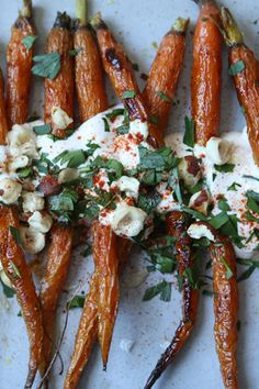 ROASTED CARROTS WITH SPICED YOGURT #EYESWOON