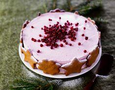 Jouluinen puolukkamoussekakku | Meillä kotona Vanilla Cake, Tiramisu, Cheesecake, Pudding, Sweets, Baking, Ethnic Recipes, Party, Desserts