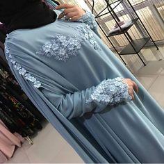 Кейп в голубом цвете, в наличии у нас в магазине... Ещё много Красоты у нас в магазине))) которой нет на странице, ждем всех